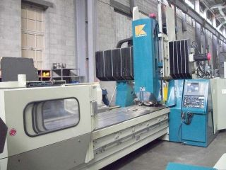 Kuraki Kv - 130 Bridge Type Cnc Vertical Machining Center 4 - Axis Cnc Mill photo