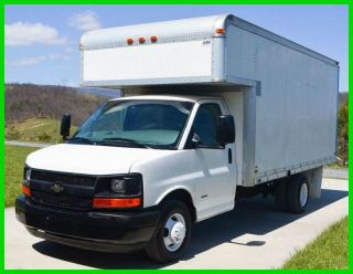2006 Chevrolet 3500 Duramax 16ft Box Truck / Attic photo