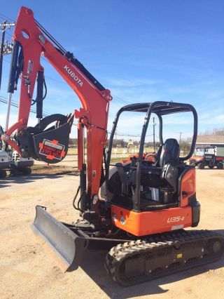 Kubota U35 Mini Excavator W/ Hydralic Thumb & Angle Blade photo