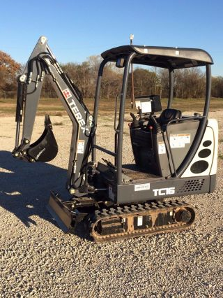 Terex Tc16 Mini Excavator photo