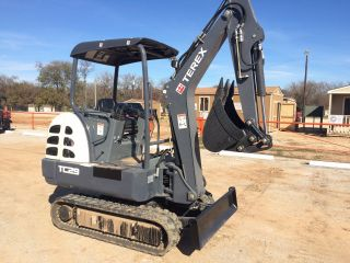 Terex Tc29 Mini Excavator photo