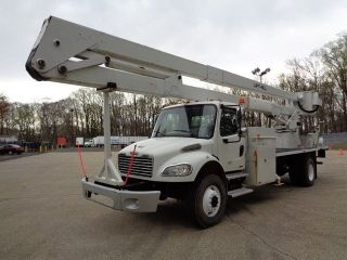 2007 Freightliner M2 4x4 Bucket Boom Truck photo