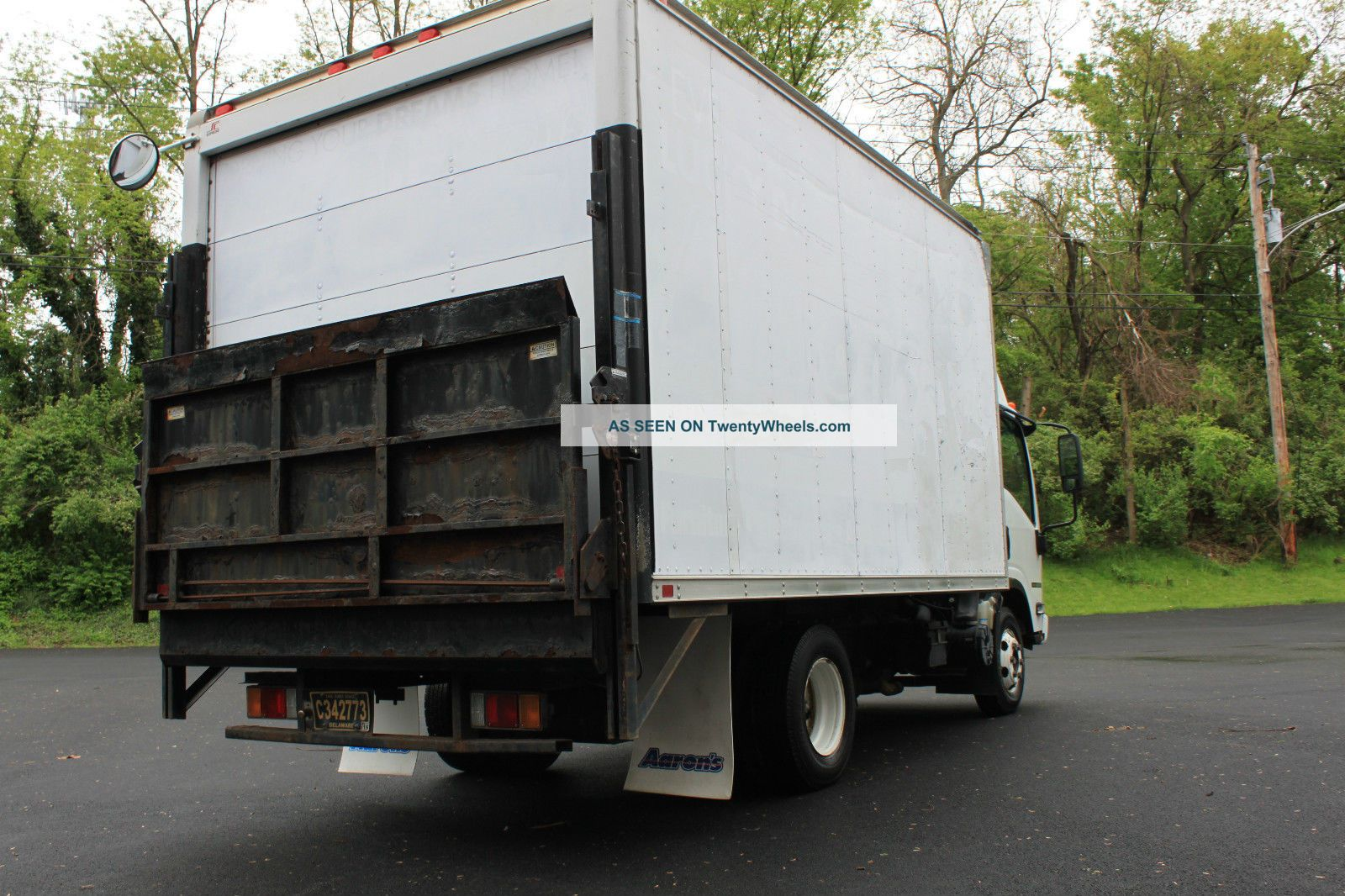 2008 Isuzu Npr 14 ' Box Truck Box Trucks / Cube Vans photo
