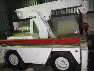 Drott Carry Deck Cherry Picker photo