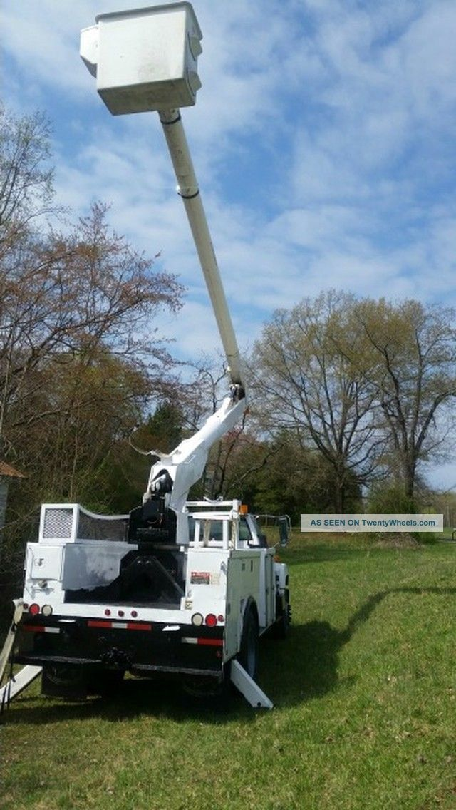 2000 Gmc Bucket Truck Bucket / Boom Trucks photo