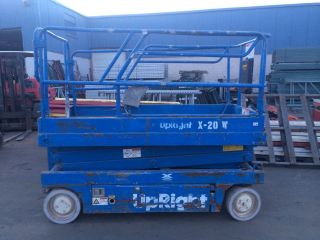 2001 Upright X20w Scissorlift 20 ' Deck Hgt,  26 ' Work Hgt,  Fully Operational Hd photo