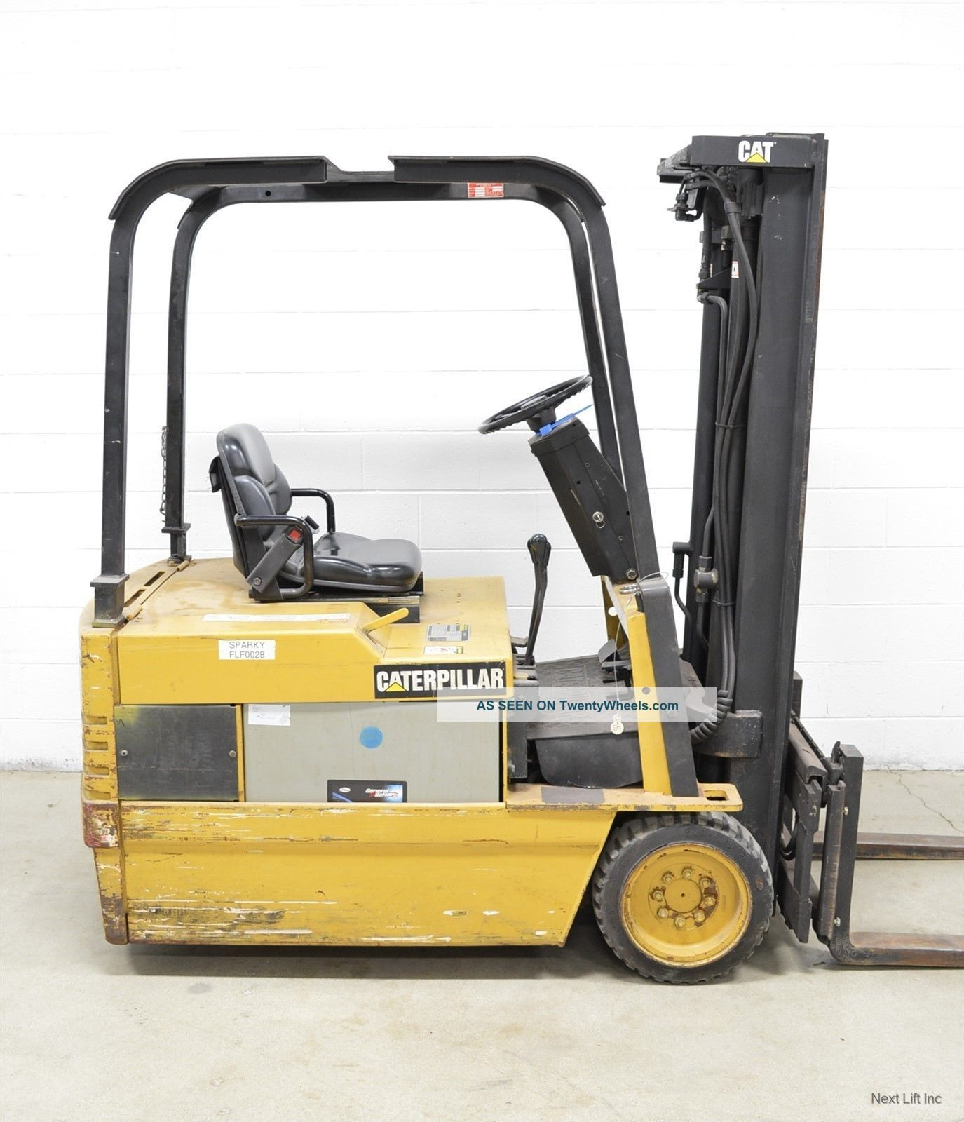 Caterpillar 3500 Lb 36v Electric 3 Wheel Forklift Cat Ep18t