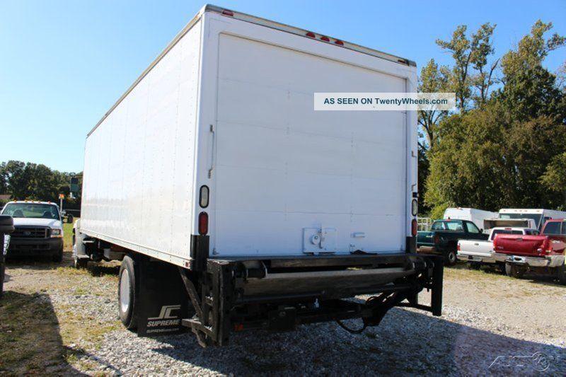2009 Hino 338 Box Trucks / Cube Vans photo