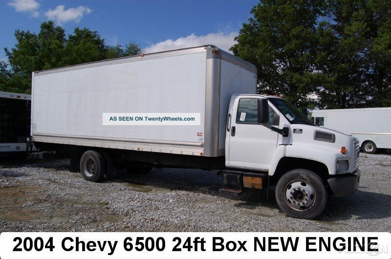 2004 Chevrolet C6500 Box Trucks / Cube Vans photo