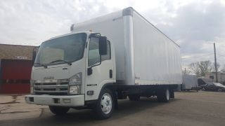 2008 Isuzu Npr photo