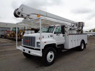1998 Gmc 7500 Bucket Boom Truck photo