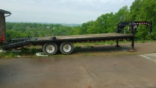 Gooseneck Trailer photo
