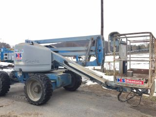 2006 Genie Z - 45/25 Z45 45 ' 4x4 Diesel Articulating Boom Man Lift Cherry Picker photo