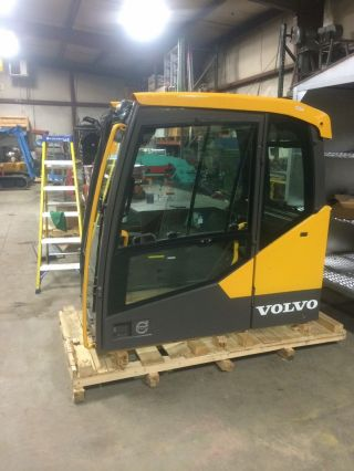 Volvo Excavator Cab - 2016 Ec380el photo