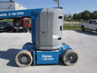2006 Genie Z30/20n Electric Narrow Manlift Boom Lift Low Reserve photo