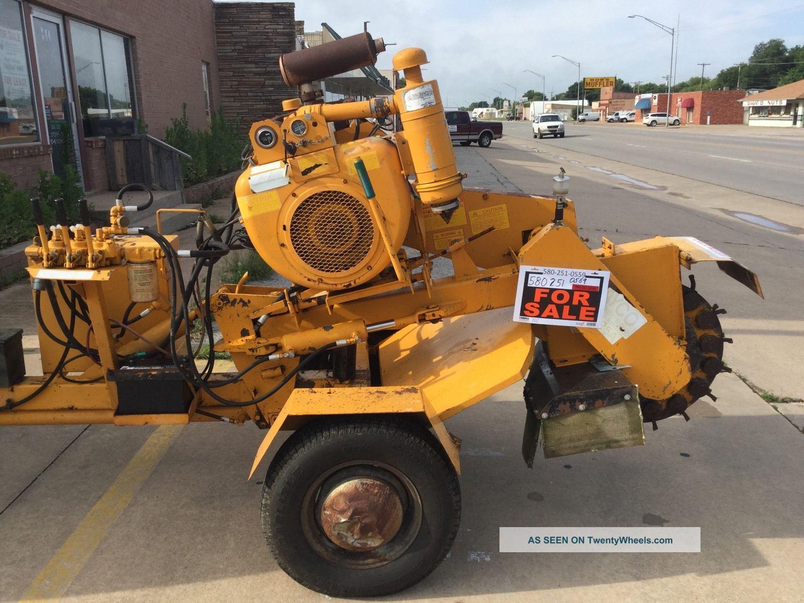37176 Rayco heavy duty stump grinder