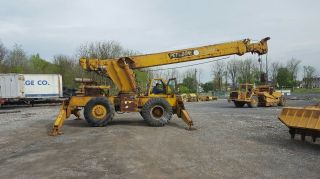 Pettibone 30 Rough Terrain Crane photo