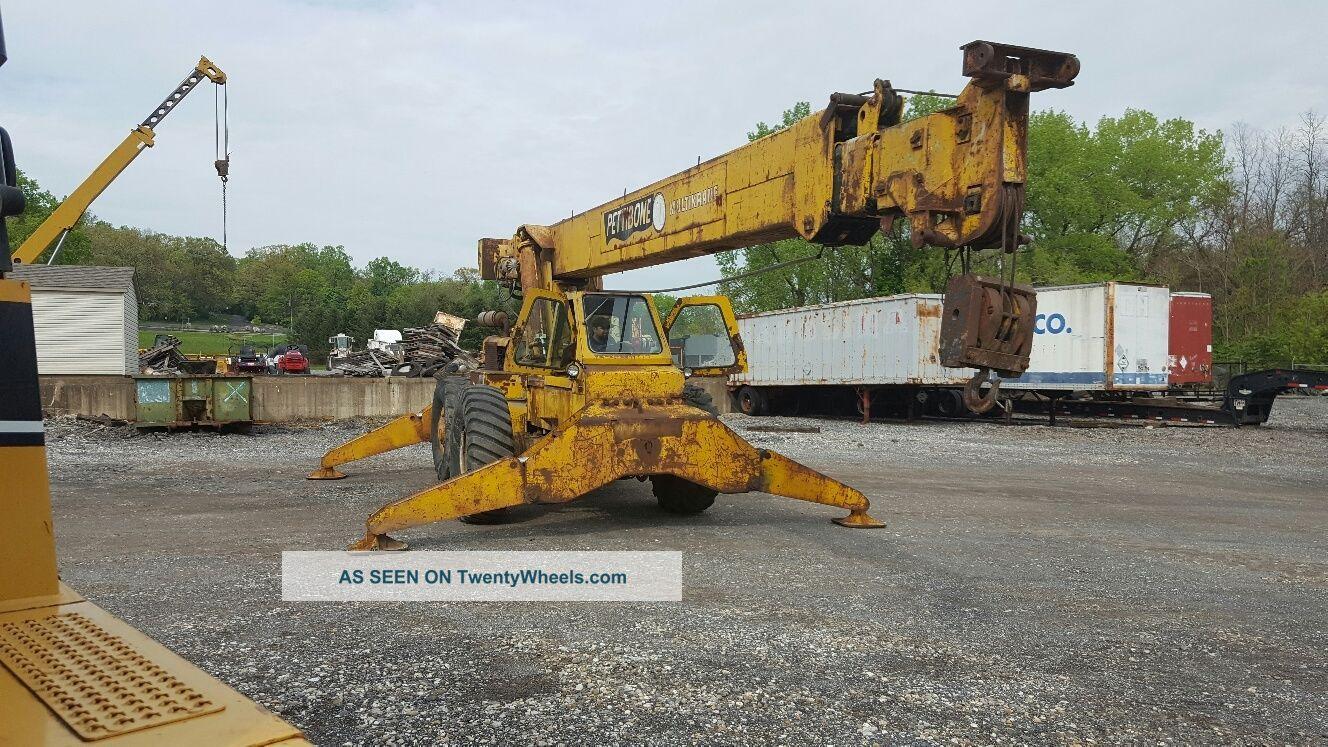 Rough Terrain Crane Application : Pettibone rough terrain crane