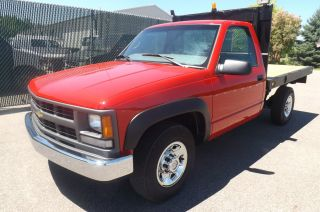 2000 Chevrolet 3500 photo