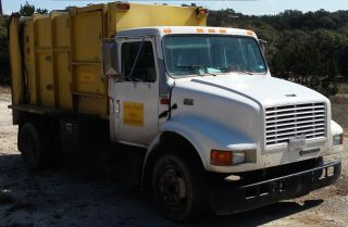 2001 International 47000lpx photo
