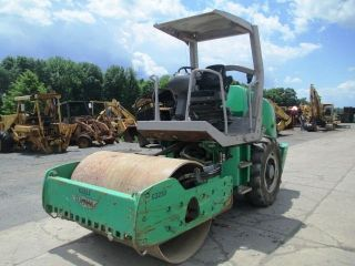 2005 Hamm 3205 Smooth Double Drum Roller Compactor,  Only 1527 Hrs photo