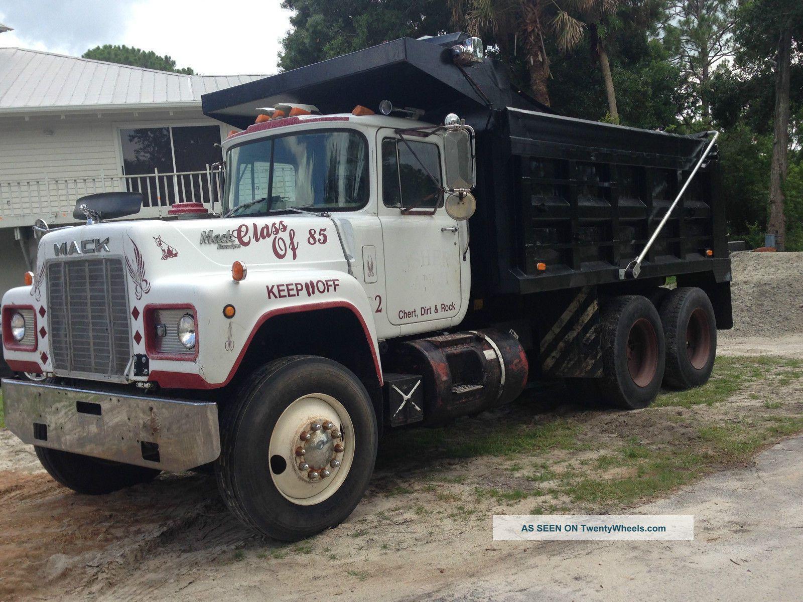 1985 Mack Truck : Mack r st