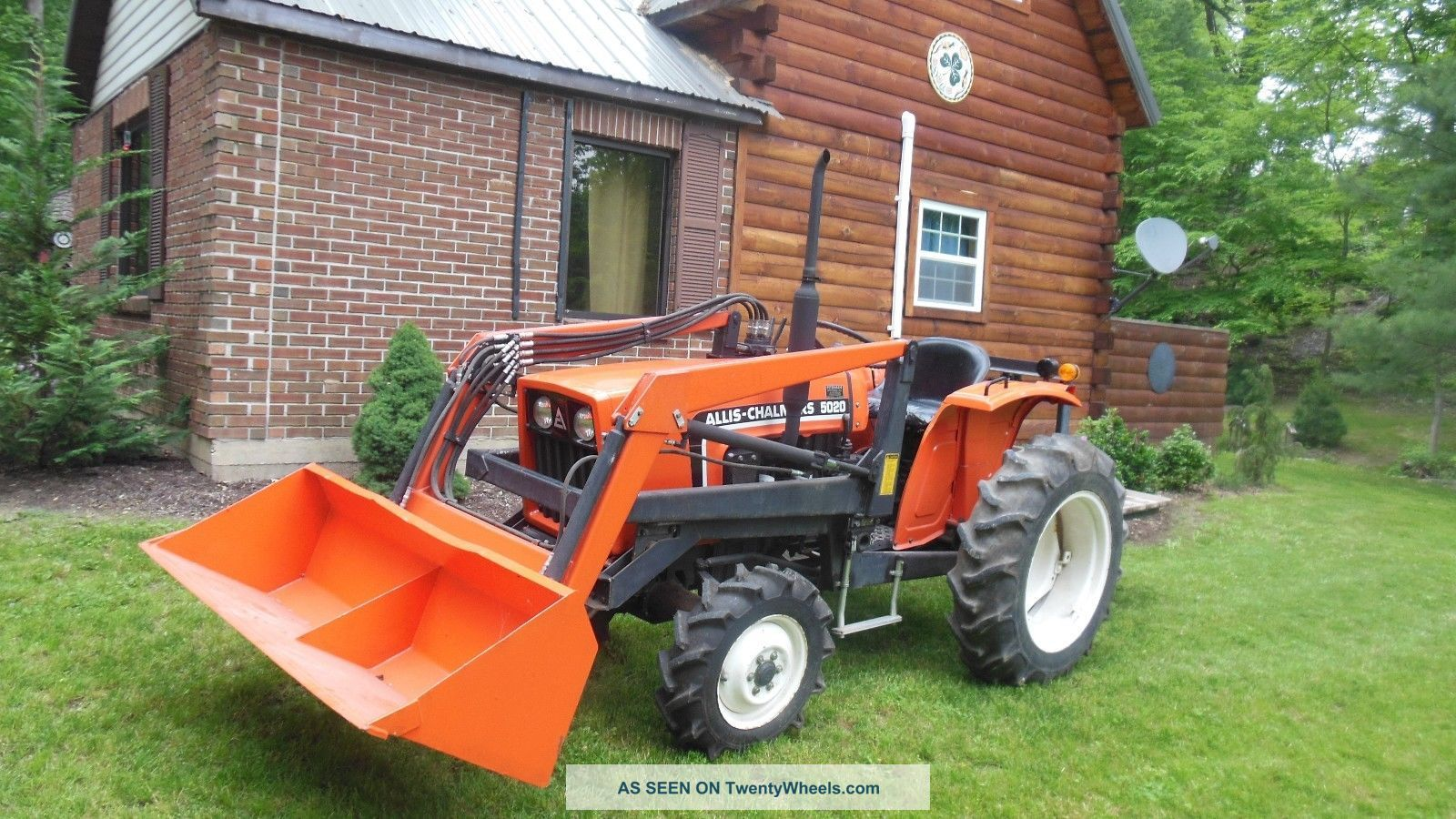 1984 Allis Chalmers 5020 Compact Diesel Tractor / 4 Wheel Drive / 336 Hours Equipment photo