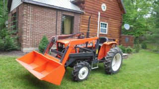 1984 Allis Chalmers 5020 Compact Diesel Tractor / 4 Wheel Drive / 336 Hours photo