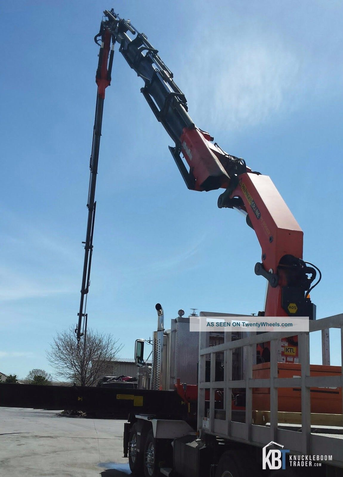 Jib knuckle boom crane : Palfinger pk e knuckle boom crane w jib hiab