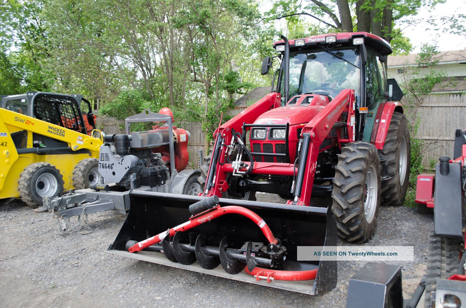 Mahindra Tractor Rims : Mahindra mpower p tractor loader with cab