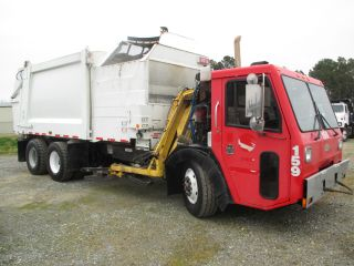 2007 Crane Carrier Le photo
