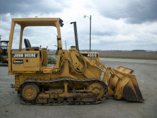 1990 John Deere 455g Crawler Loader,  Auxilliary Hydraulics,  Powershift photo