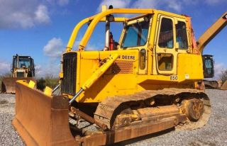 John Deere 850 Dozer - Carco 60 Winch - Good Undercarriage - Strong Machine photo