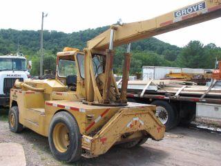 Grove Ind 35 (10) Ton Deck Crane photo