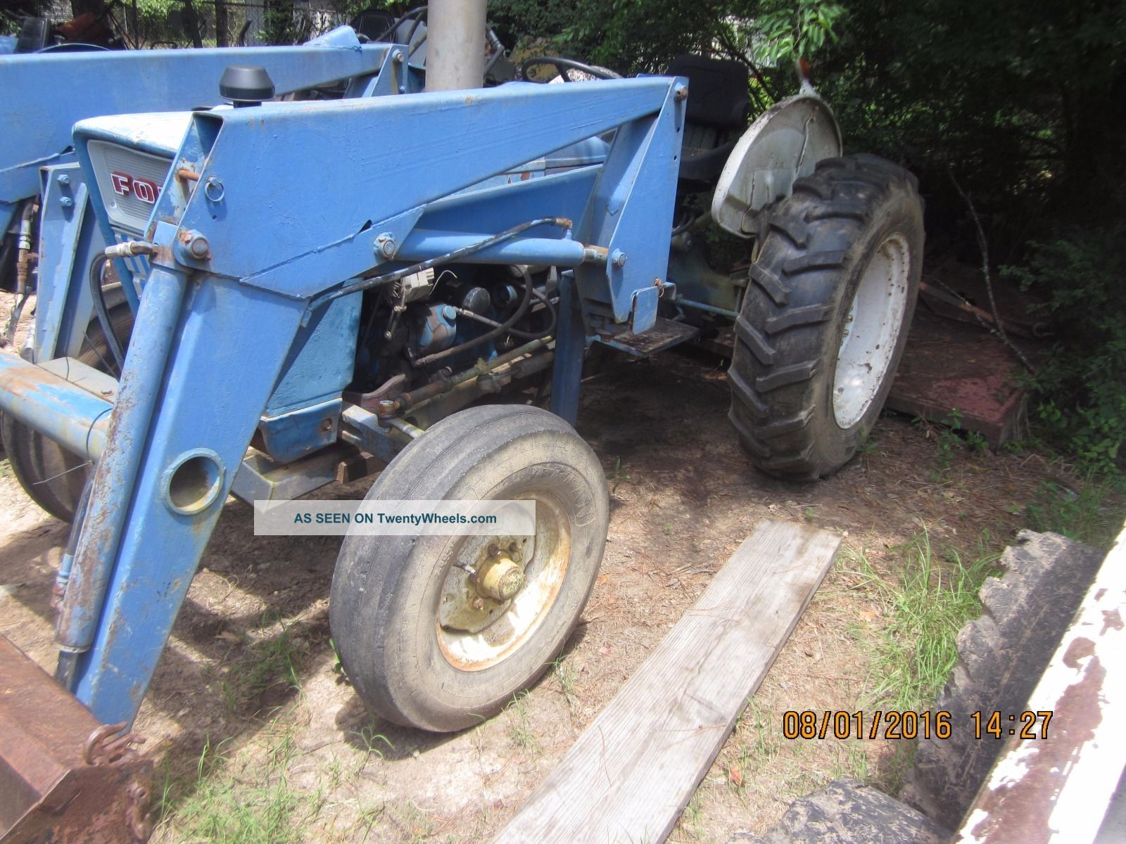Ford 3000 Loader : Ford with loader