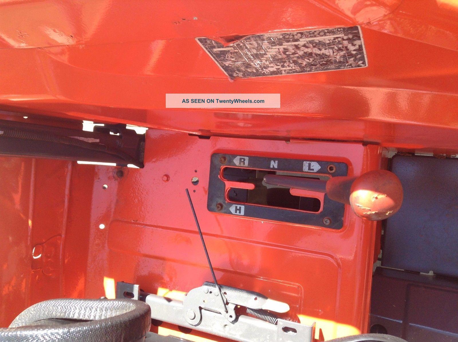 Kubota M4700 Utility Special Tractor : Kubota utility special tractor