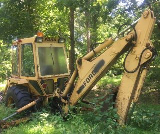 Ford 555b Backhoe Loader Machines 555 2 Machines Price Of One 4x4 Extendahoe photo
