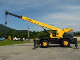 1977 Pettibone 60sc 30ton Rough Terrain Crane Rough Terrain photo