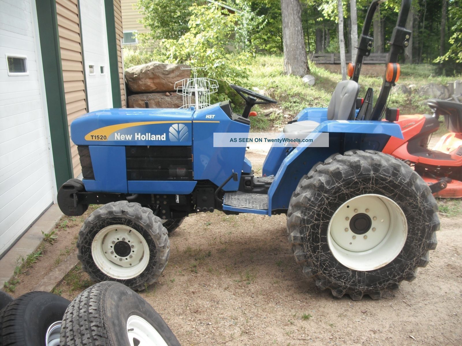 New Holland Compact Utility Tractor : Holland t compact tractor