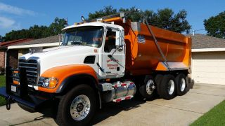 2005 Mack Granite Cv713 photo
