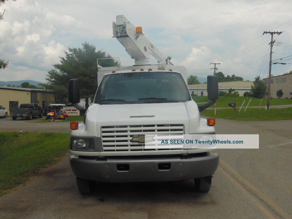 Chevy C Versalift Bucket Enclosed Service Truck Lgw