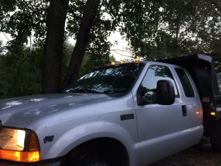2001 Ford F - 350 photo