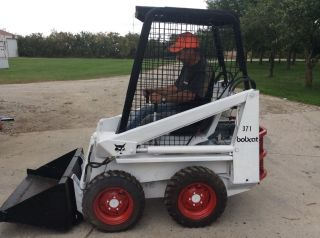 Bobcat 371 Skid Steer photo