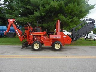2000 Ditch Witch 5110 Dd Ride On Backhoe And Trencher photo