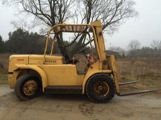 Hyster H150f Fork Lift,  15000 Lb Capacity,  Gasoline, photo