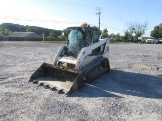 2011 Bobcat T180 Tracked Skid Steer Loader W/cab photo