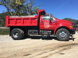 2000 Ford F - 750 photo