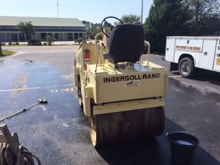 Ingersoll Rand Dd - 23 Pavement Roller photo
