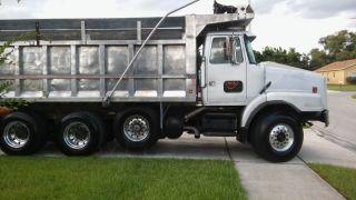 1993 Volvo Dump Truck photo