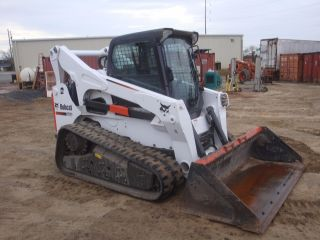 2011 Bobcat T870 Track Skid Steer Loader photo